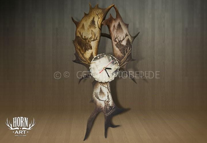 Uhr aus Damhirschschaufeln
